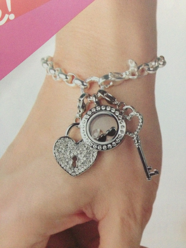 Over the Heart Link Chain and Link Bracelets are here ... - photo#8
